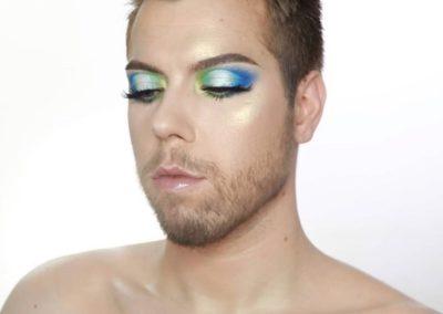 Influencer Lou Foord mua loves his Dominic Paul cosmetics contour palette